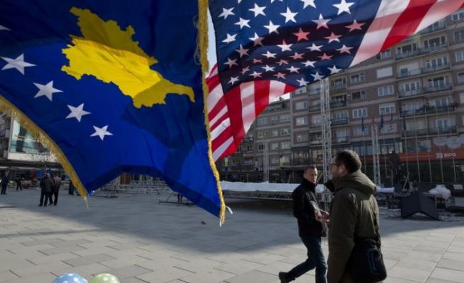 Balkanlar'da 'normalleşme' gerekçesiyle siyasi süreçler kontrol altına alınıyor