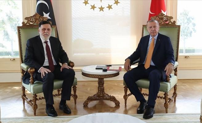 Erdoğan ile Serrac bölgesel gelişmeleri görüştü