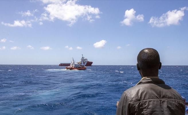 Girit Adası açıklarında düzensiz göçmenleri taşıyan tekne battı