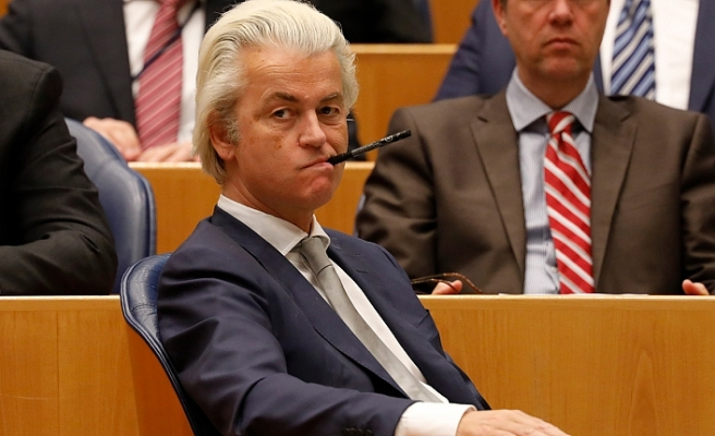 Hollanda'daki ırkçı lider Geert Wilders mahkemece suçlu bulundu