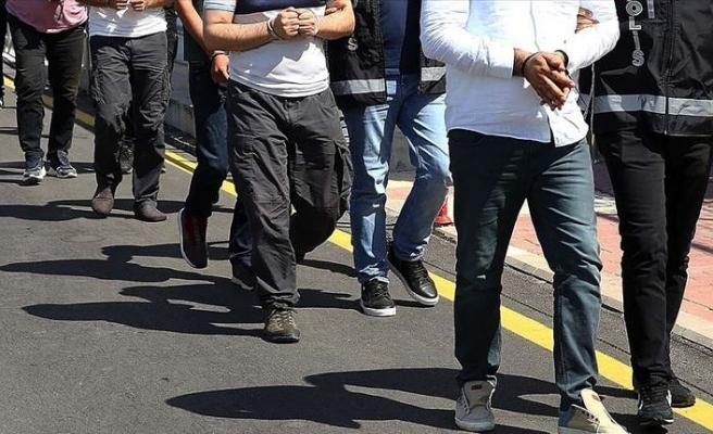 İzmir merkezli 28 ilde yürütülen FETÖ soruşturmasında 66 kişi hakkında gözaltı kararı verildi