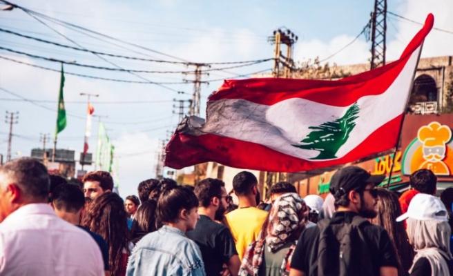 Lübnan'da İnsani Yardımlar Yeni Sosyo-Politik Krizlere mi Yol Açıyor ?