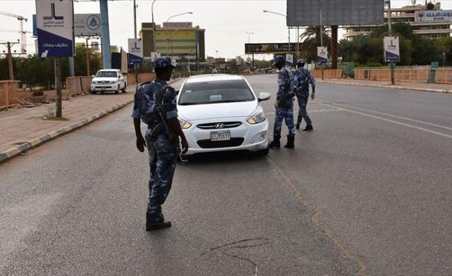 Sudan'da Kovid-19 nedeniyle getirilen sokağa çıkma yasağı 5 ay sonra kaldırıldı