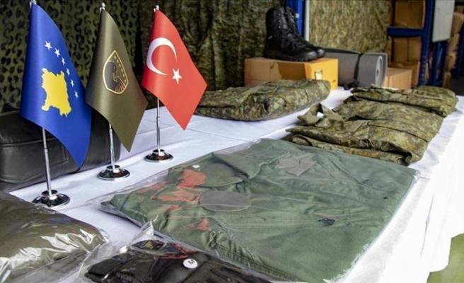 Türkiye'den Kosova ordusuna teçhizat desteği