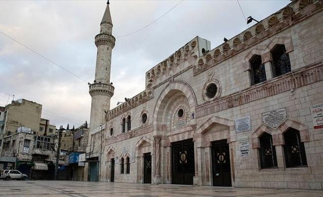 Ürdün'de Kovid-19 tedbirleri kapsamında camiler ve okullar süreli şekilde yeniden kapanıyor
