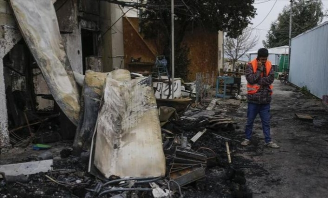 Yangını fırsat bilen sığınmacılar için Midilli'de OHAL ilan edildi