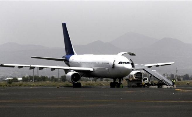 Yemen hükümeti, Husilerin Sana Havalimanı'nı BM uçuşlarına kapatmasını kınadı