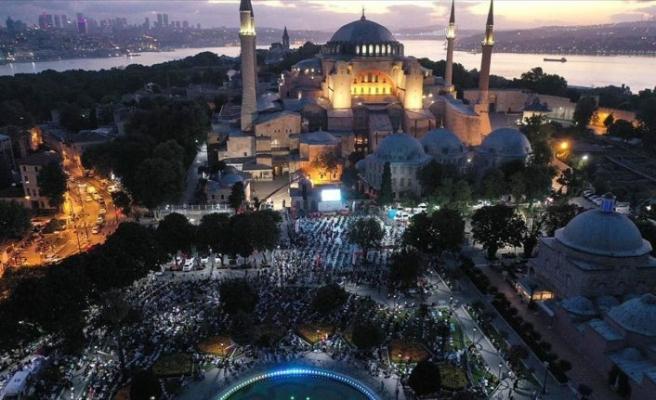 Ayasofya Camii'nde ilk mevlid heyecanı