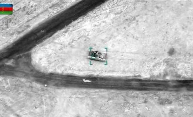 Azerbaycan, Ermenistan'ın füzesini havada vurdu