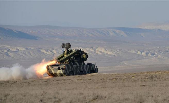 Azerbaycan ordusu Ermenistan ordusuna ait Su-25 savaş uçağını düşürdü