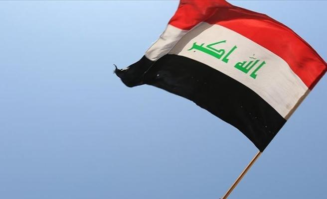 Bağdat'ta Fransa Büyükelçiliği önünde protesto