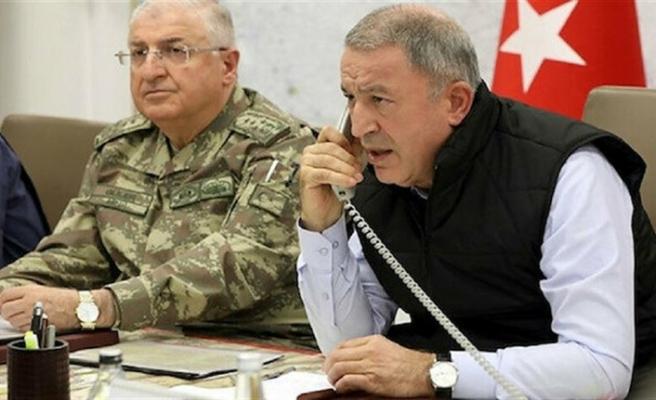 Bakan Akar: Bakanlığımız İzmirlilerin emrinde