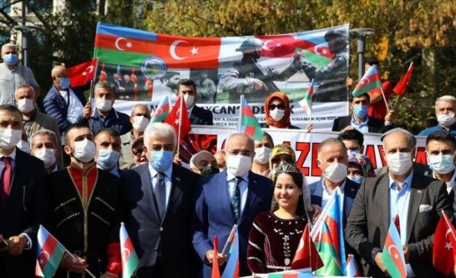 Başkentte Azerbaycan'a destek mitingi düzenlendi
