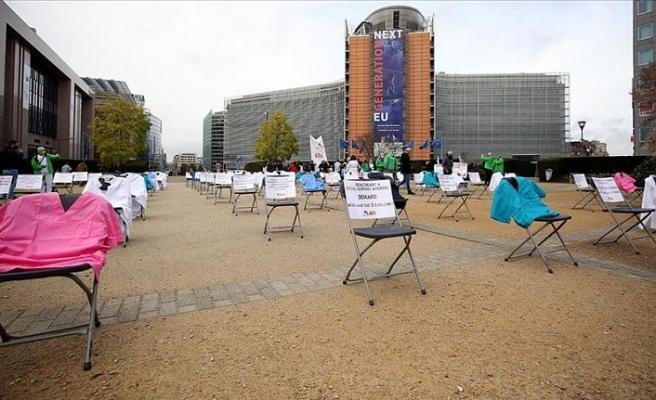 Brüksel'de daha fazla kaynak için protesto
