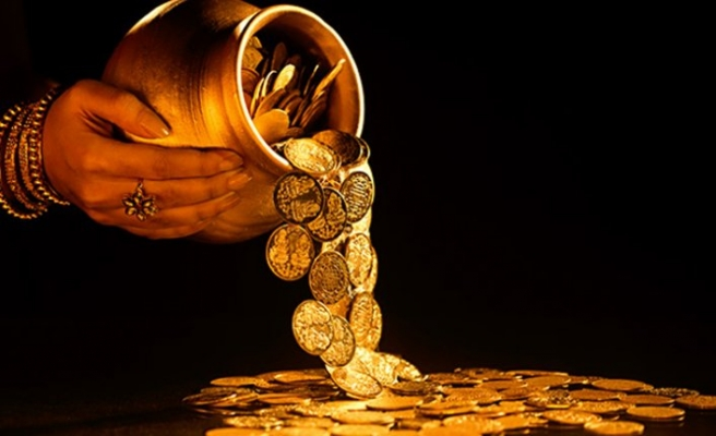 Çeyrek altın 818'i gördü