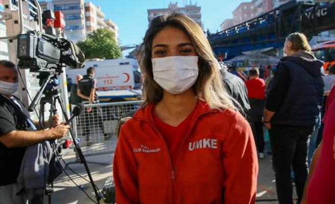 Depremzedeye gösterdiği ilgiyle Türkiye'nin gönlüne taht kurdu