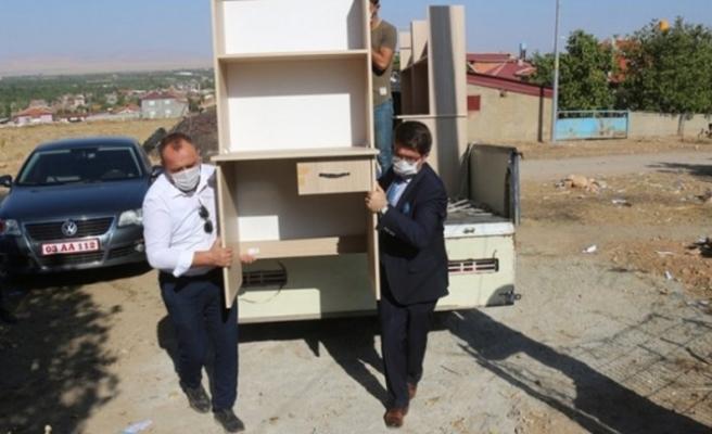 Emine Erdoğan'dan 'Her ev bir okul olsun' kampanyasına destek çağrısı