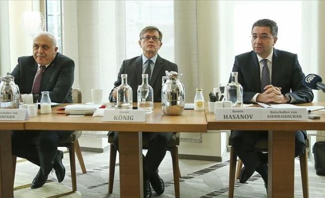 Ermenistan'ın Berlin Büyükelçisi, 'siviller neden hedef alınıyor' sorusuna cevap veremedi