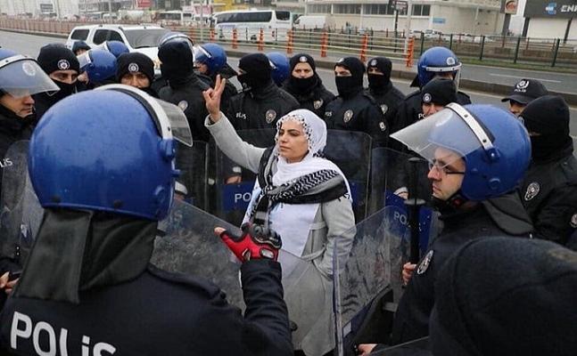 Evlat nöbetindeki ailelere hakaret eden HDP'li vekil Remziye Tosun hakkında soruşturma