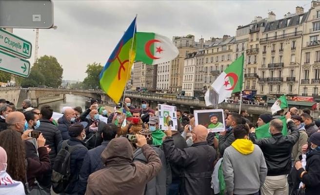 Fransa'nın 1961 Cezayir katliamı 59. yılında da unutulmadı