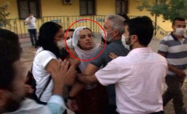 HDP'li vekilden Diyarbakır'da evlat nöbeti tutan ailelere: Satılmış köpekler
