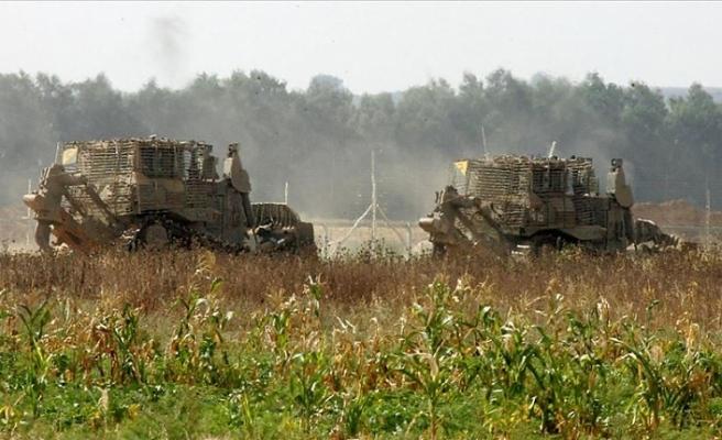 İsrail bu kez buldozerlerle saldırdı