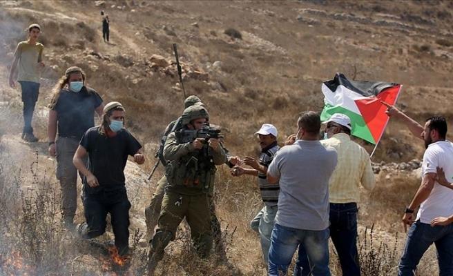 İsrail zulmü devam ediyor! 5 Filistinliyi yaraladılar