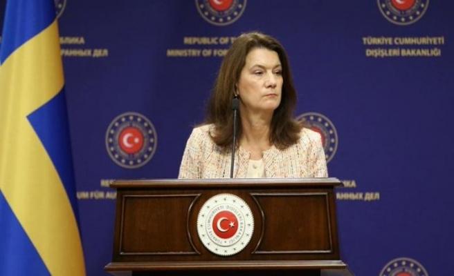 İsveç Suriye PKK'sı ile arasını sıcak tutuyor