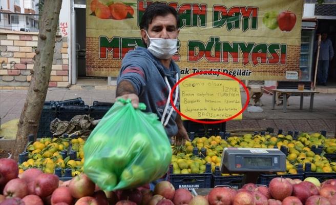İzmir'deki depremzedeler için bir günlük kazancını bağışladı