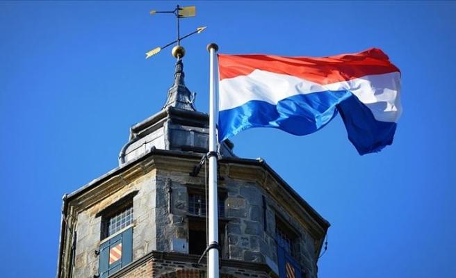 Hollanda da kadınlar da askere çağrılacak