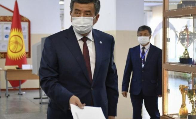 Kırgız Cumhurbaşkanı istifa edecek ama bir şartla ...