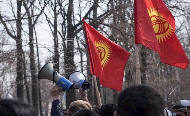 Kırgızistan'da 4 Ekim seçimlerine inceleme