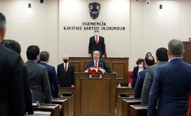 KKTC'de Cumhurbaşkanlığı'na seçilen Ersin Tatar ant içti