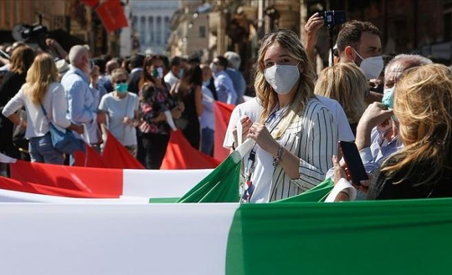 Koronavirüs salgınında İtalya'da da rekor kırıldı