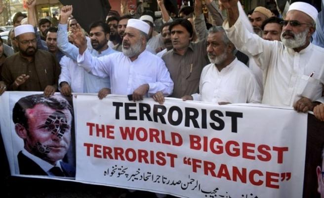 Libya Fetva Kurumu'ndan Fransa mallarını boykot çağrısı