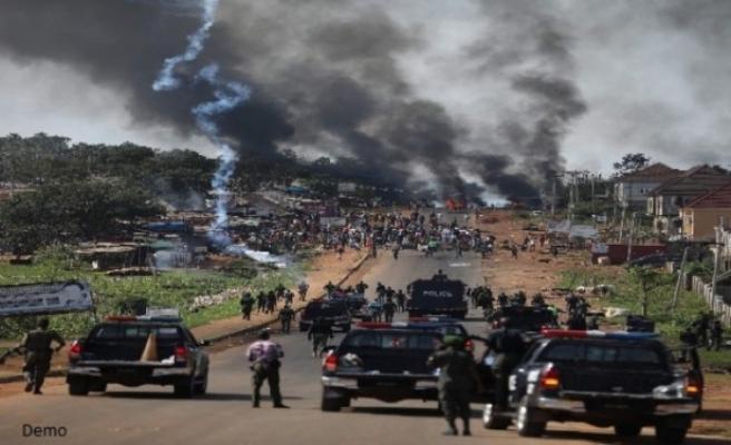 Nijerya'da 2 bine yakın mahkum kaçtı
