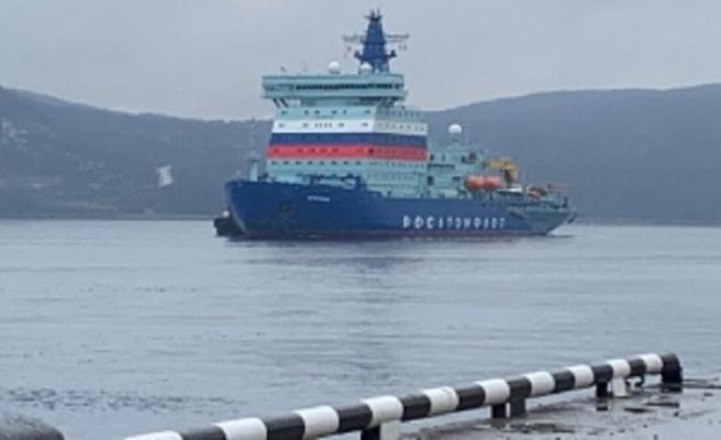Nükleer Buzkıran Gemisi limanına ulaştı