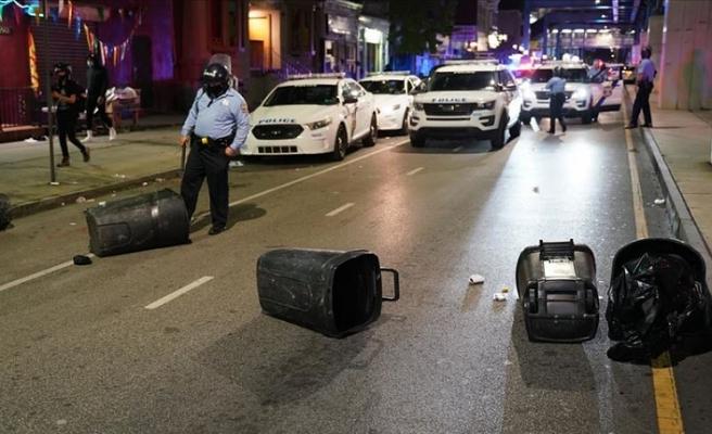 Protestolar nedeniyle Philadelphia'da sokağa çıkma yasağı ilan edildi