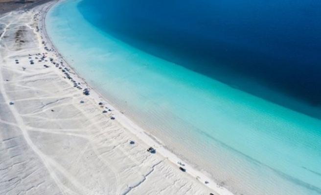 Salda Gölü'nün plajı kapatıldı