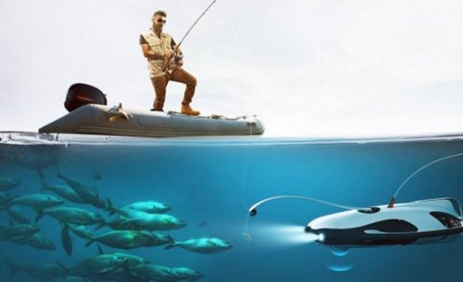 Su altı drone için gençler iş başında