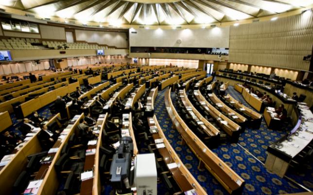 Tayland hükümeti reform talebini kabul etti