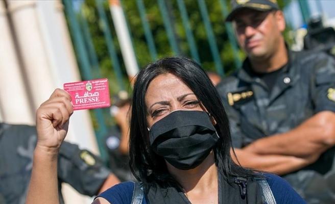 Tunus'ta yeni düzenlemeler protesto edildi