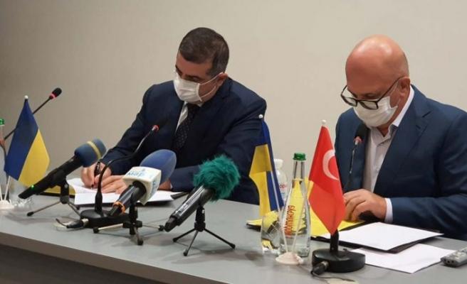 Türkiye ve Ukrayna arasında savunma alanında ortaklık anlaşması imzalandı
