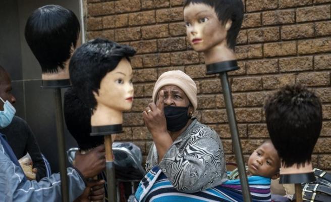 Afrika'da son 24 saatte 14 bin 727 kişide Kovid-19 tespit edildi
