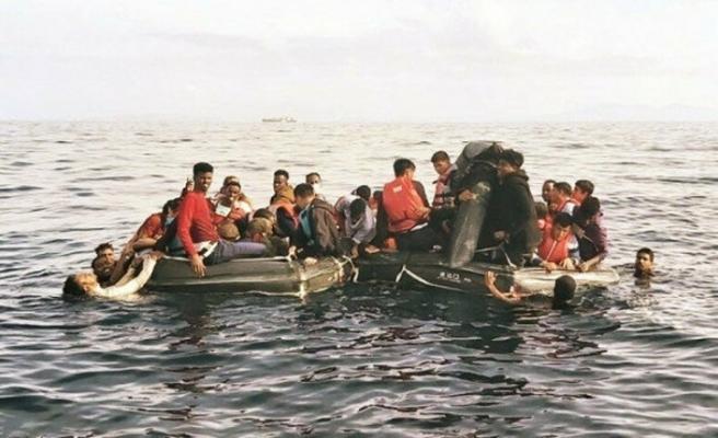 Akdeniz'de göçmen faciası: 100'e yakın ölü