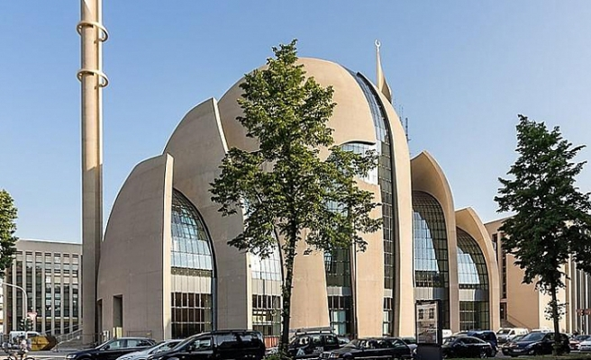 Almanya'daki Müslüman dernekleri Viyana'daki terör saldırısını kınadı