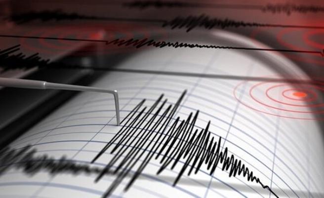 Aydın Kuşadası'nda korkutan deprem!