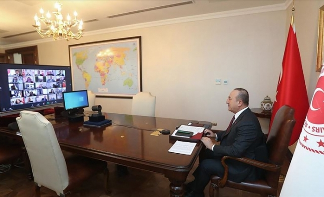 Dışişleri Bakanı Mevlüt Çavuşoğlu başkonsoloslarla görüştü