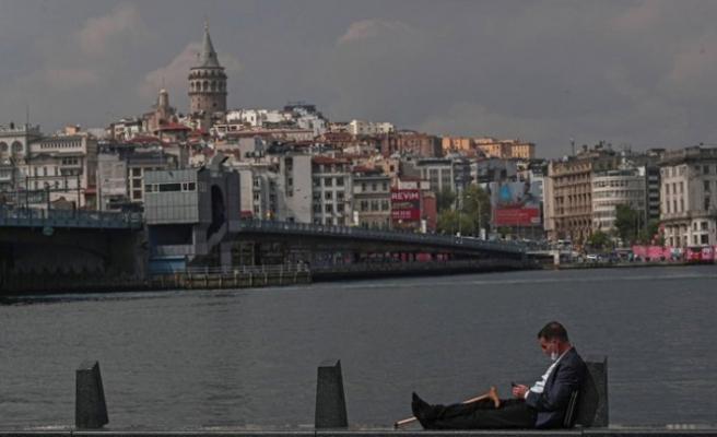 Bakan Koca'dan önemli uyarılar: İstanbul'daysanız, ayrılmayın