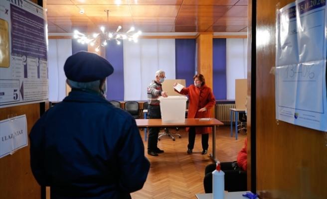 Bosna Hersek halkı yerel seçimler için sandık başına gitti